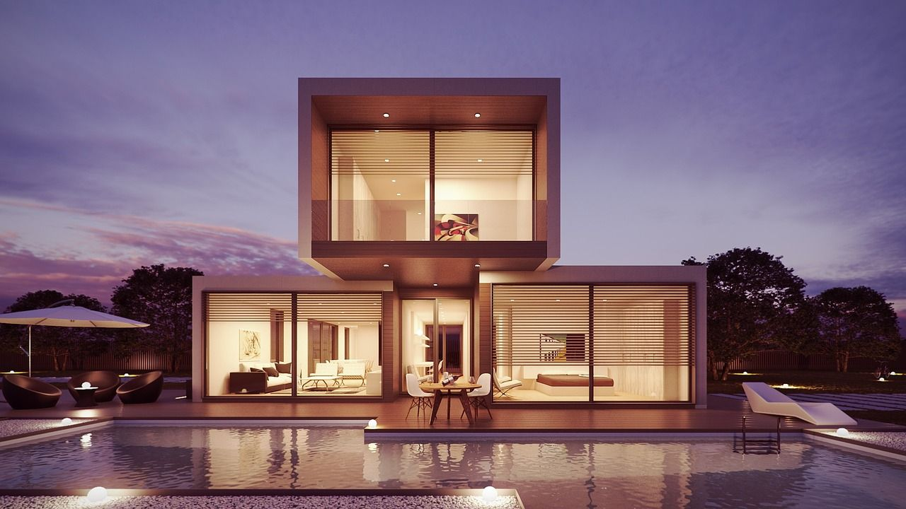Sehr schönes offenes Haus mit viel Glas und Pool
