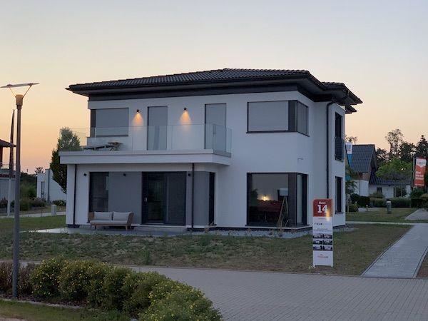Ein Haus mit zwei Geschossen