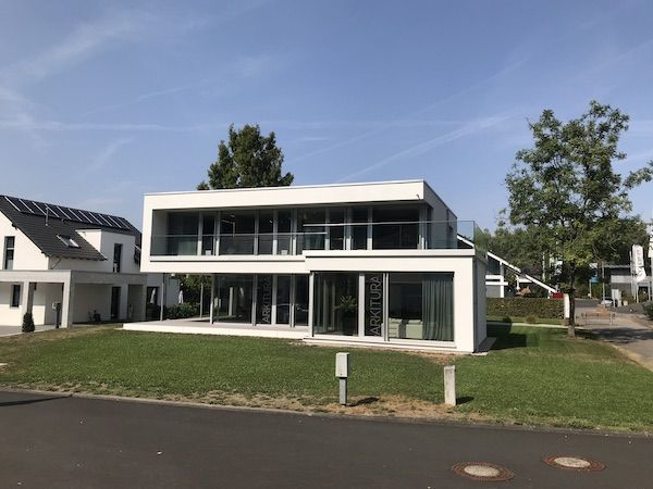 Villa im Bauhausstil