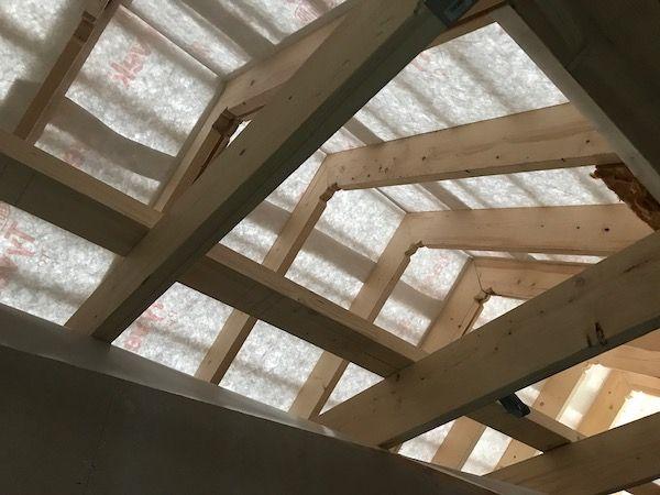 Ein Dachgeschoss eines Neubaus