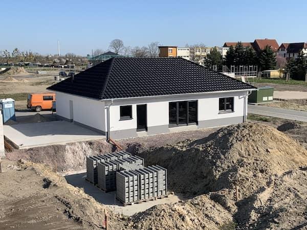 Ein Neubau Bungalow