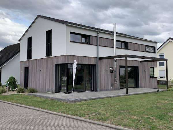 Ein Haus von Frammelsberger Holzhaus