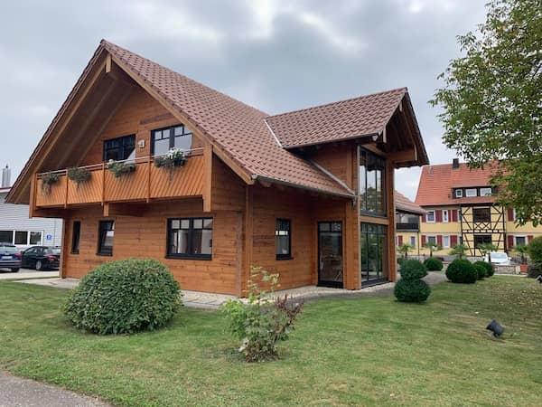 Ein Holzhaus von Fullwood